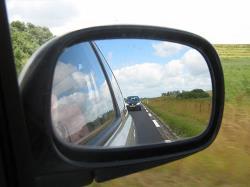 آینه خودرو را چگونه تنظیم کنیم؟