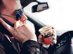 6 توصیه برای جلوگیری از حواسپرتی در رانندگی