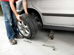 چرا باید تایرهای خودرو را جابه جا کرد؟
