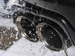دلایل خروج آب از اگزوز خودرو چیست؟